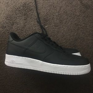 Men's brand new Air Force Ones CMFT size 13